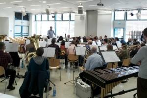 Das sinfonische Blasorchester des MVA in der Aula der KSF
