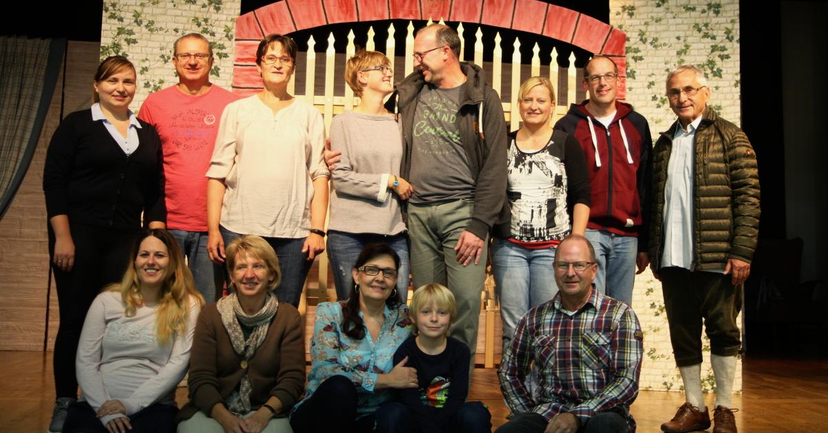 Darsteller des musikalischen Märchens 2017 bei der Probenarbeit in der Freigericht-Halle